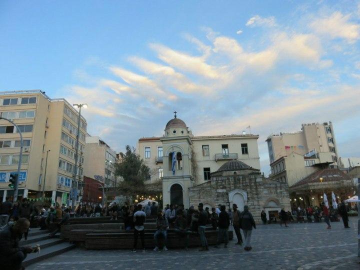 """טיול ליוון, כיכר מונסטיראקי, חופשה באתונה, טיסות לחו""""ל, טיפים לאתונה, סיוון סטרומזה, לטייל לבד"""